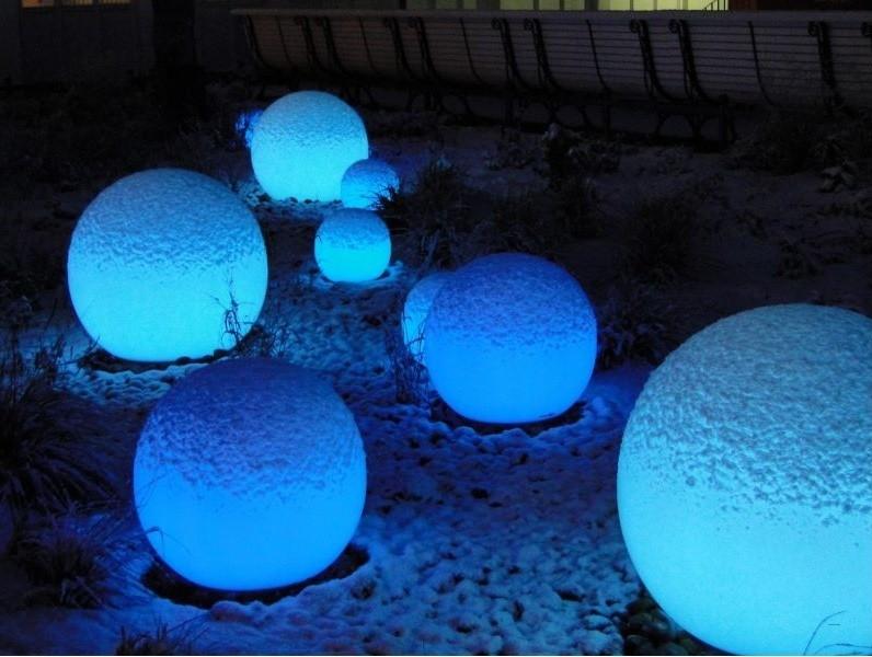 světla ve sněhu
